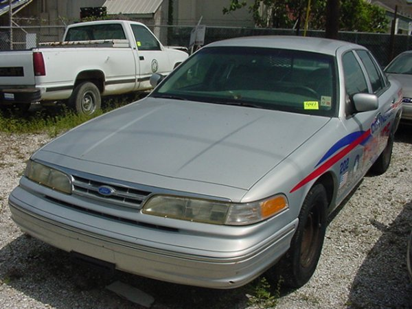 441: 1997 Ford Crown Victoria
