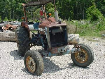 486: FORD 4600 TRACTOR