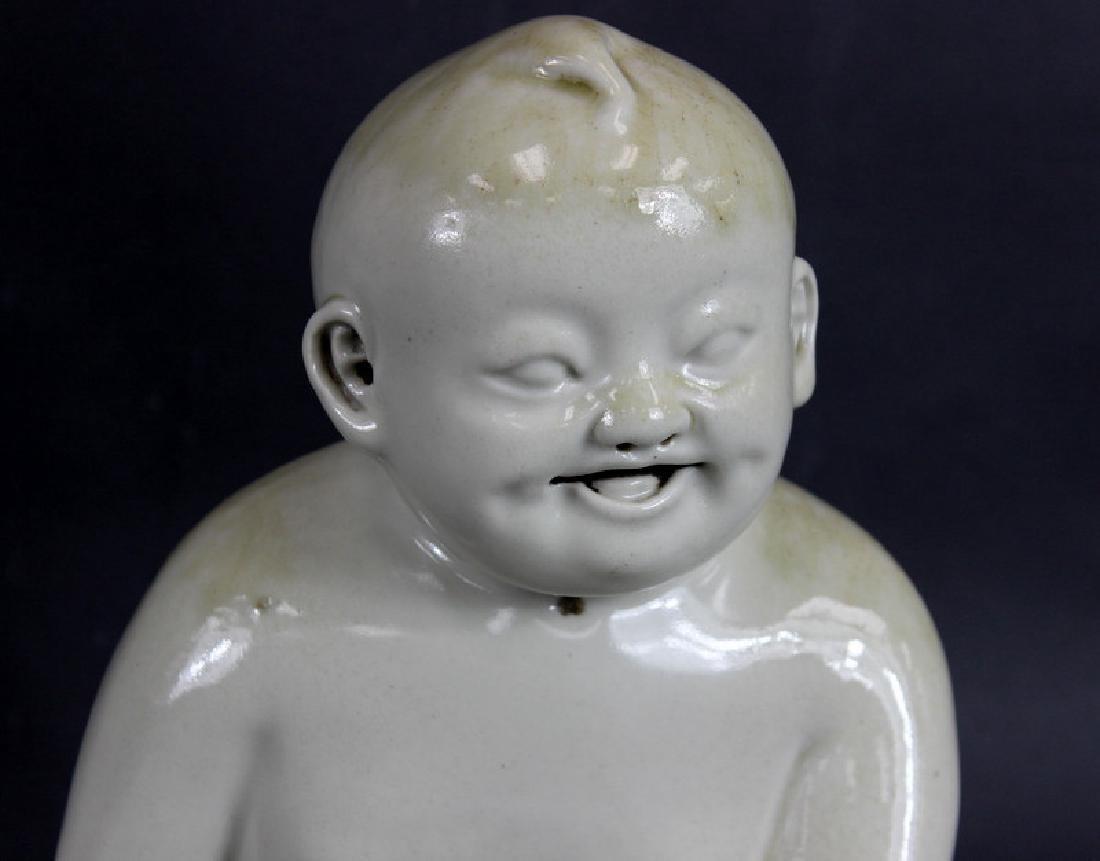 ANTIQUE, CHINESE GLAZED PORCELAIN BUDDHA - 2