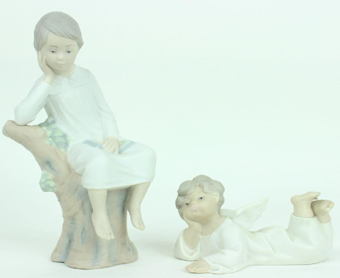 2) TWO LLADRO FIGURINES