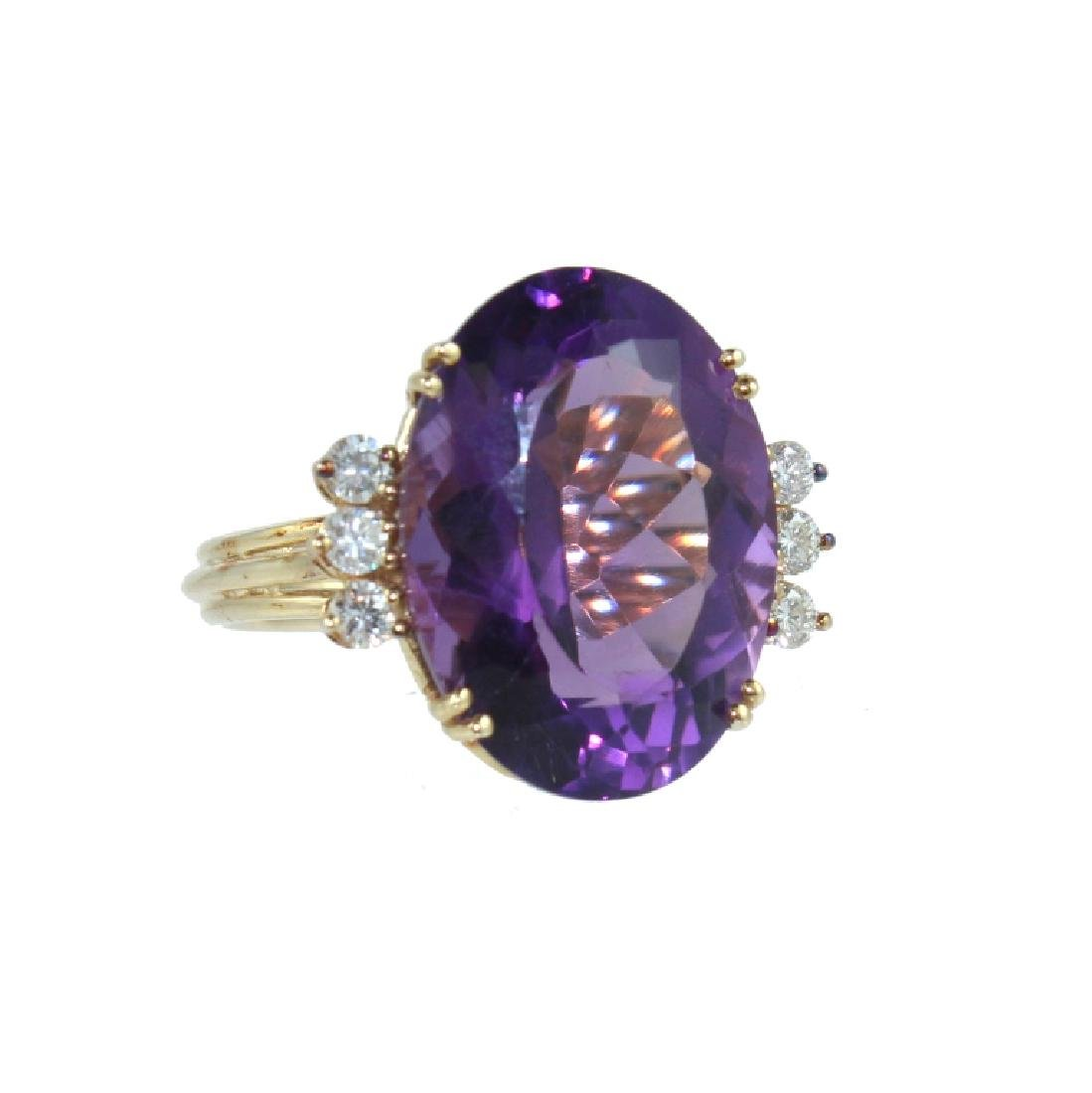 14 KARAT AMETHYST & DIAMOND RING