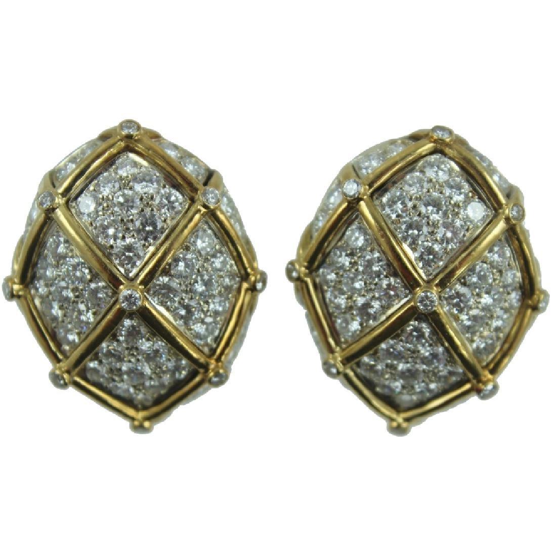 18K PAIR OF CAGE DESIGN DIAMOND EARRING