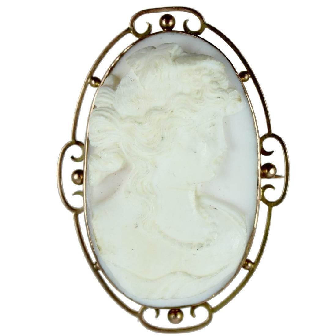 10K Carved White Coral Cameo.