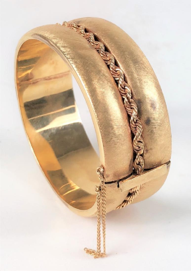 Vintage 14k Yellow Gold Ladies Bangle Bracelet