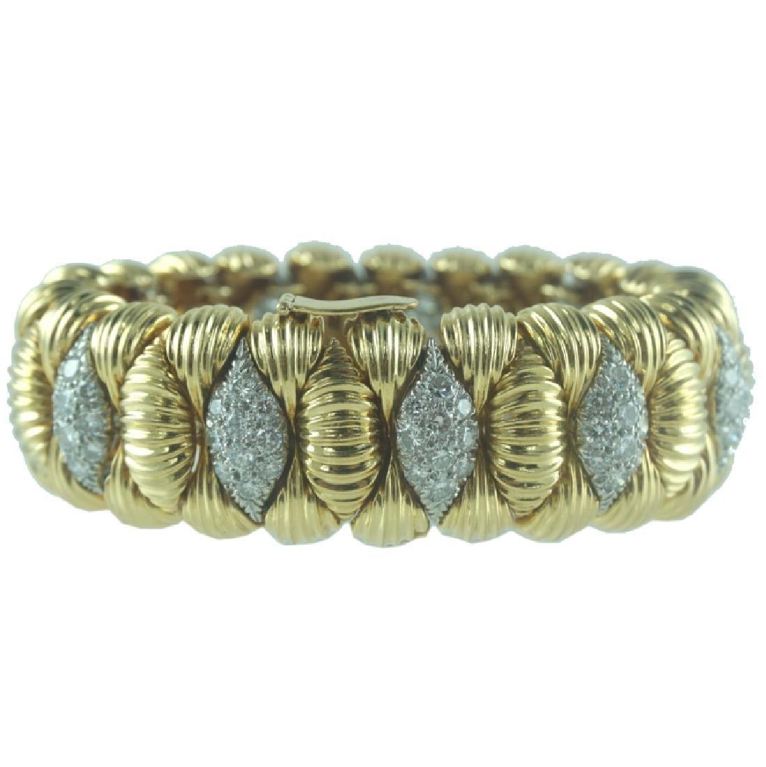 David Webb Diamond Cuff Bracelet. - 3