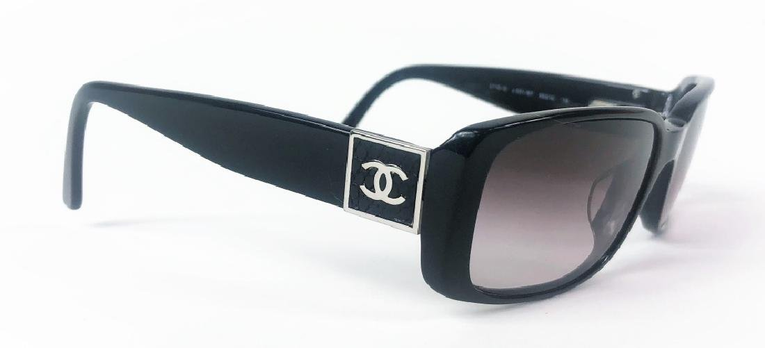Chanel 5115-Q Black/Chrome CC Logo Sunglasses