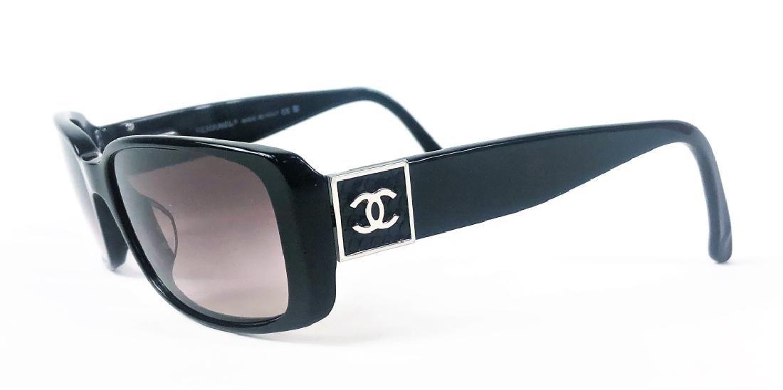 Chanel 5115-Q Black/Chrome CC Logo Sunglasses - 3