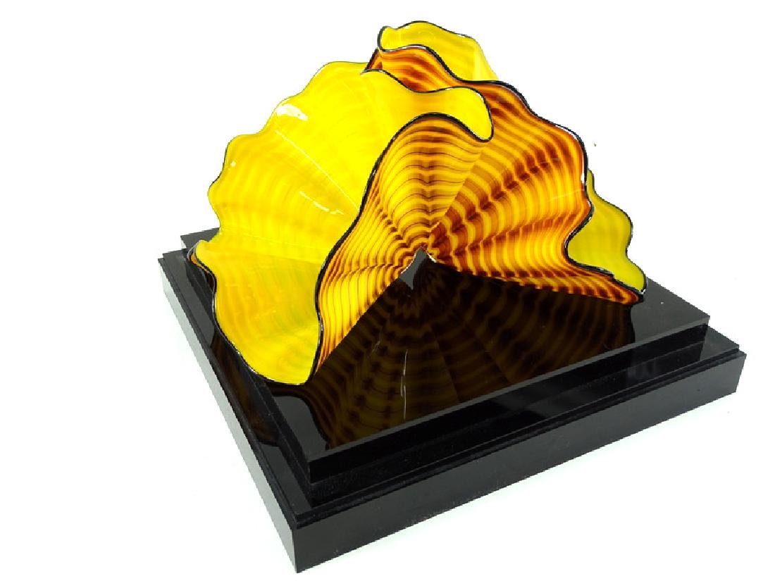 Dale Chihuly Radiant Yellow Persian Art Glass