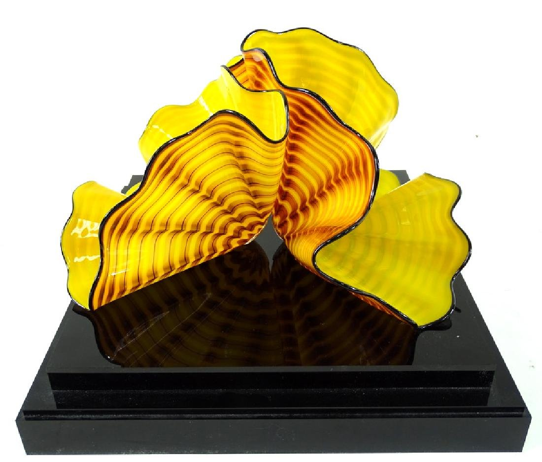 Dale Chihuly Radiant Yellow Persian Art Glass - 2