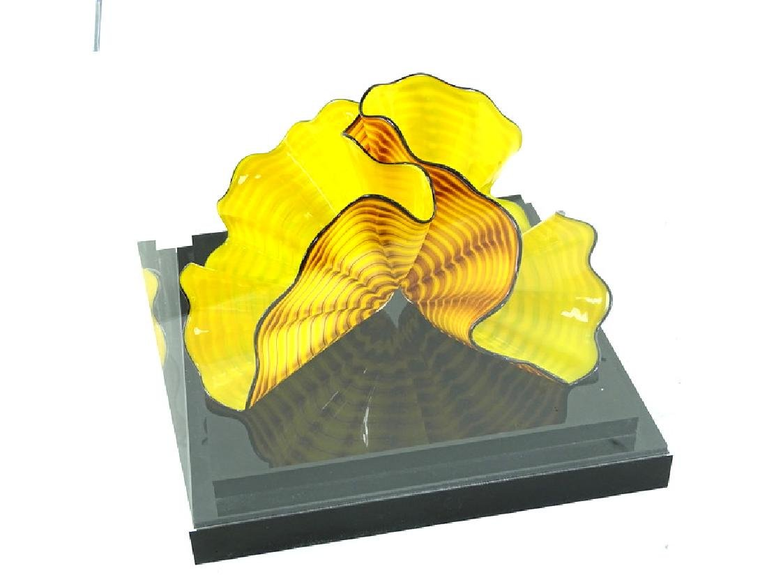 Dale Chihuly Radiant Yellow Persian Art Glass - 5