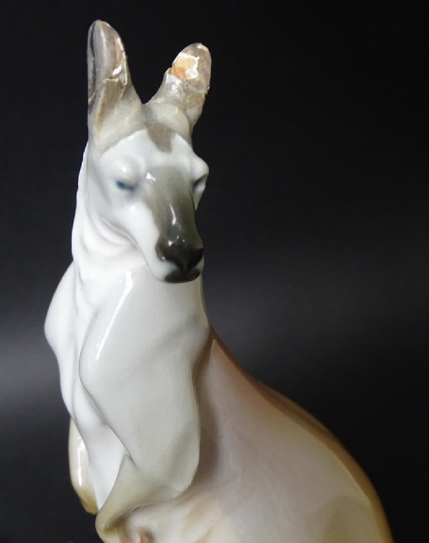 Antique Meissen German Porcelain Kangaroo Figurine - 2