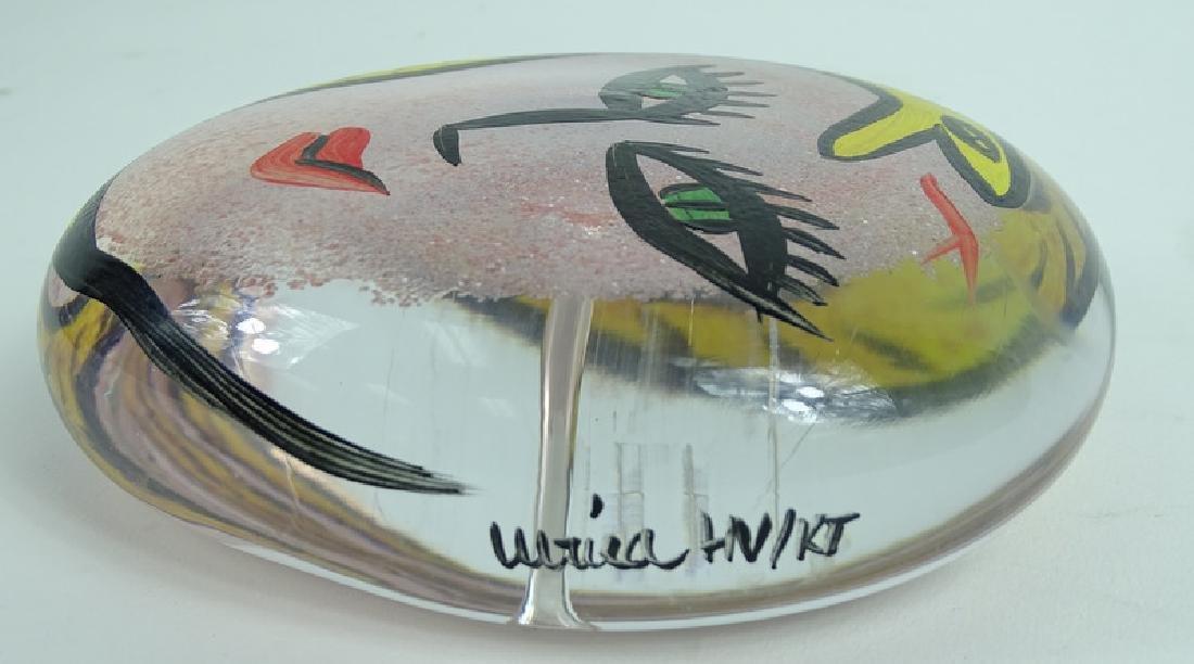 Kosta Boda Ulrica Hydman Vallien Glass Paperweight - 4