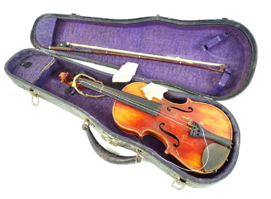 Antique Estate Fiddle, Bow & Case - 4