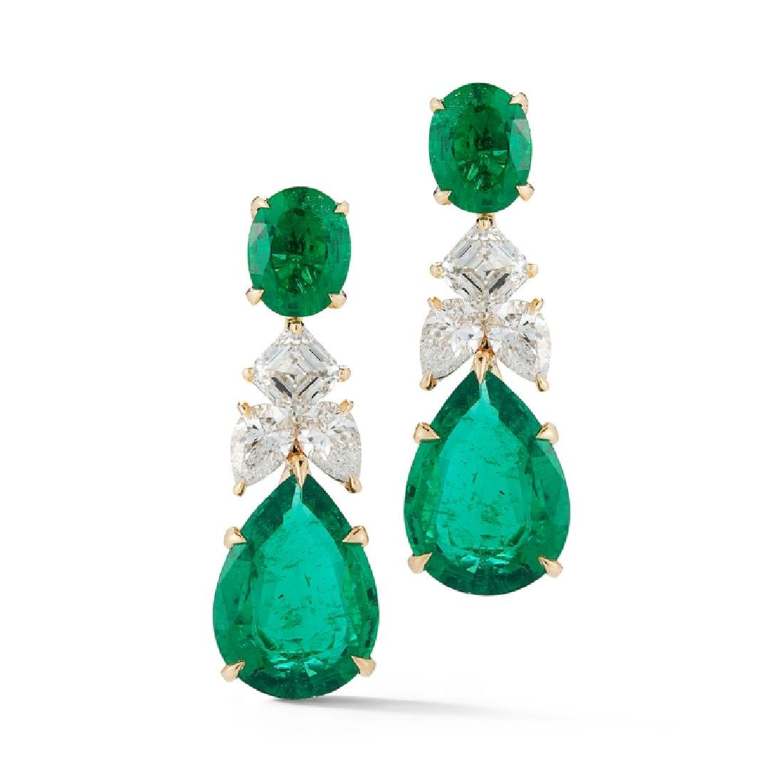 18K Gold 14.53ct. Reign Emerald Earring