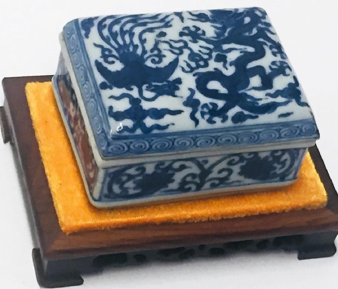 Chinese Blue & White Porcelain Dragon Phoenix Box - 3