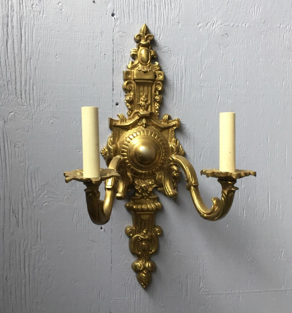 Pair of French style bronze wall sconces H19'' Lots