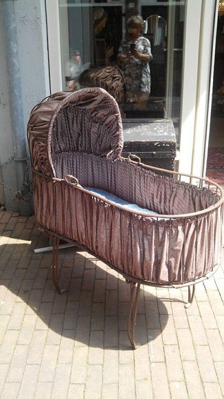 Victorian cradle