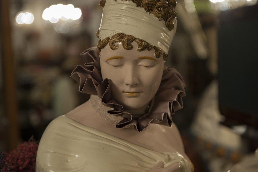Bust in plaster and porcelain V.Enski
