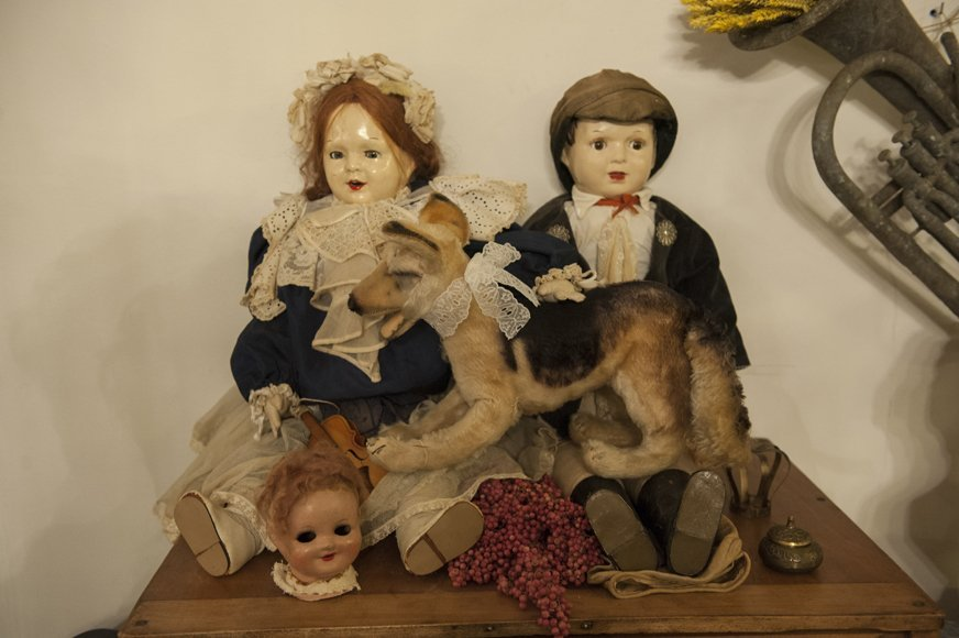 Antique doll twins