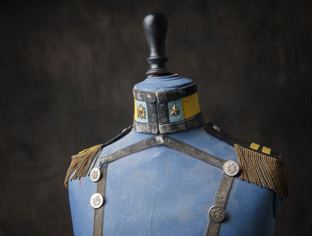 Militairy themed mannequin - 3