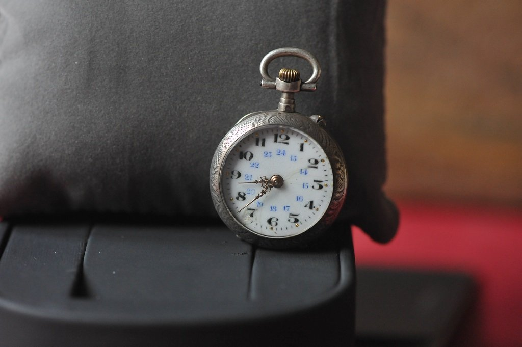 Very old silver ladies pocket watch