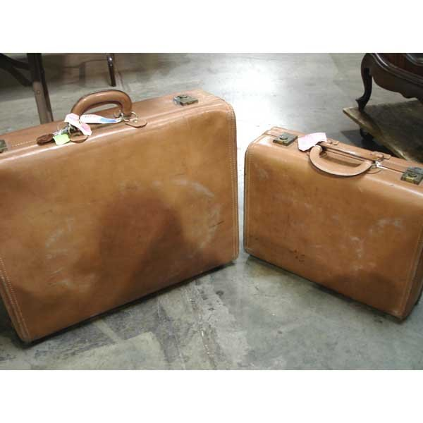 1: 2 Leather Suitcases