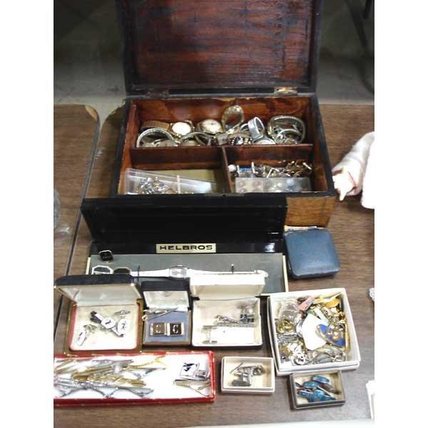 10: Lot of Jewelry