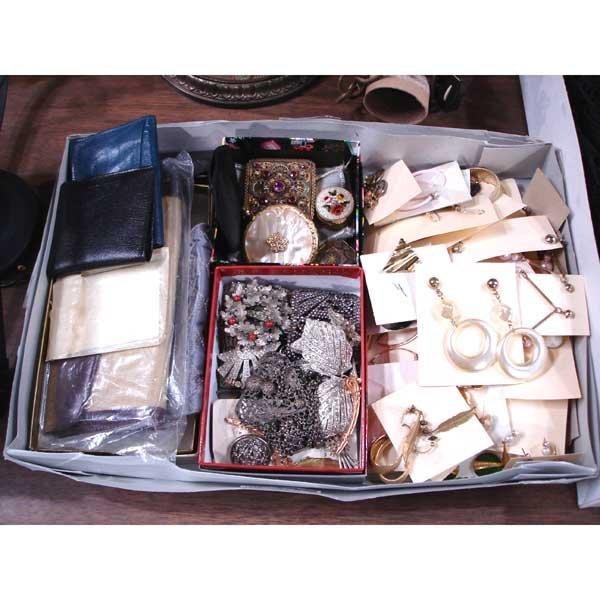 19: Box of Jewelry