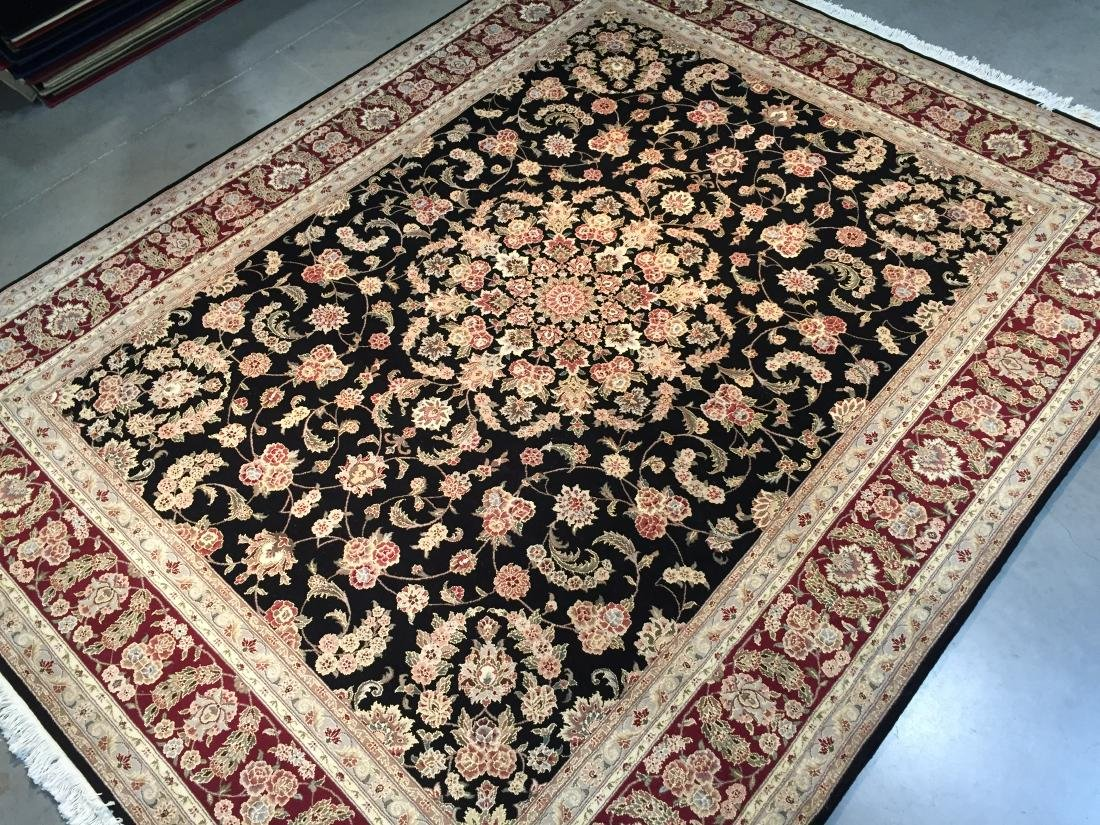 MAGNIFICANT HAND-KNOTTED PERSIAN WOOL AND SILK RUG 8x10