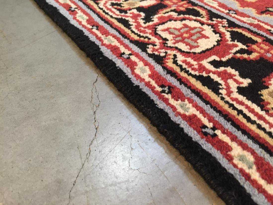 "MAGNIFICENT HAND-KNOTTED ""SERAPI""  WOOL RUNNER 5' x 8 - 5"