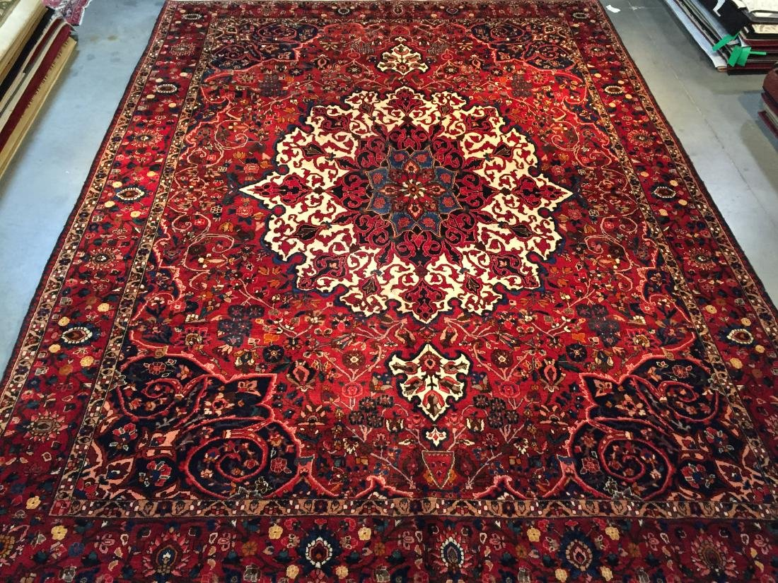 STUNNING AUTHENTIC PERSIAN BAKHTIARI MASTER PIECE RUG