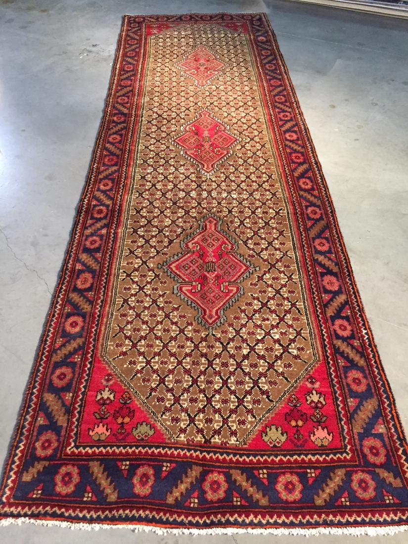MAGNIFICENT  HAND KNOTTED AUTH PERSIAN WIDE RUNNER