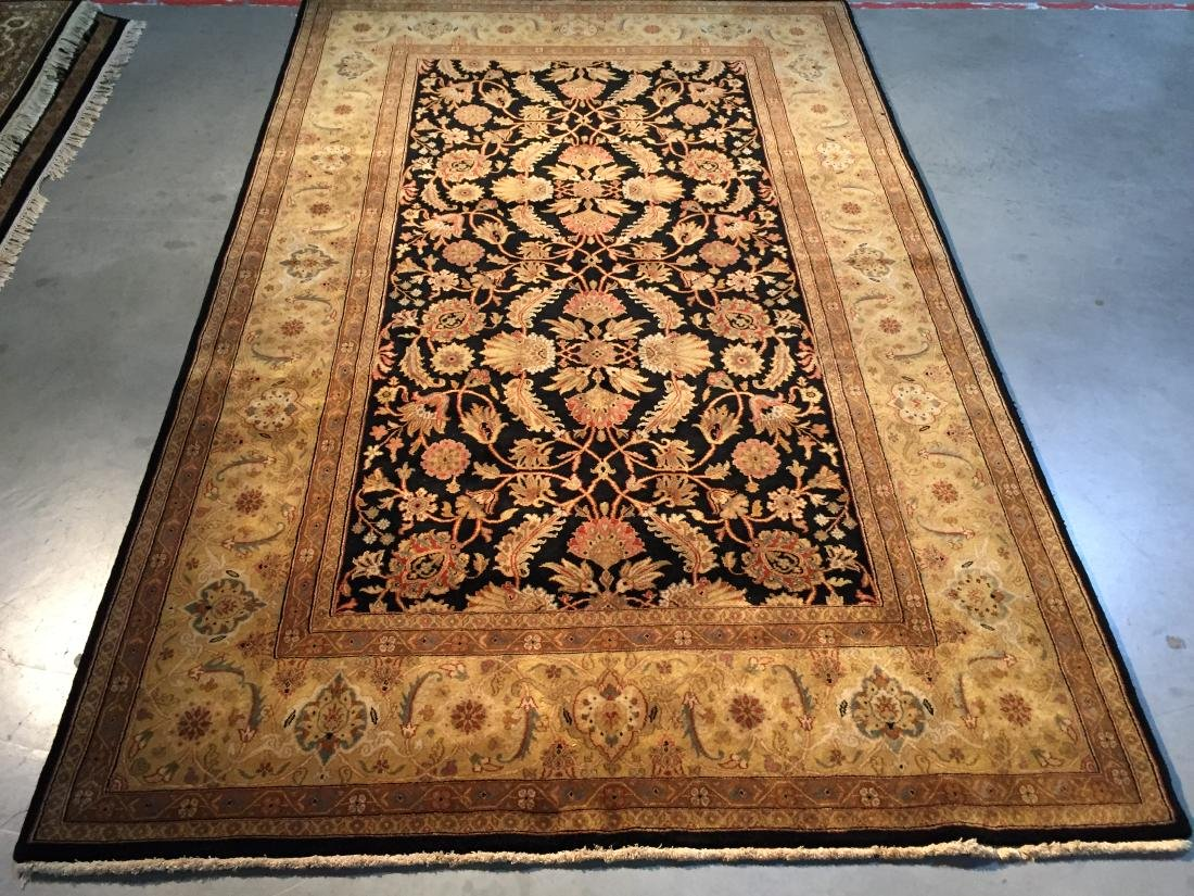 FINE ANTIQUE REPRODUCTION WOOL RUG 8x10