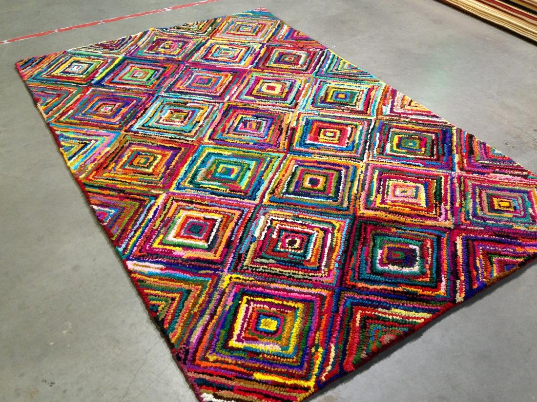 COLORFUL HAND MADE RUG 5.6x8.6