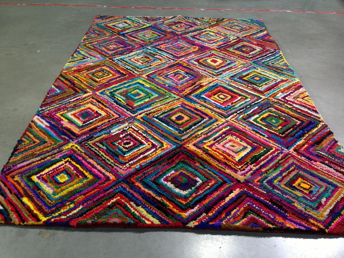 COLORFUL HAND MADE RUG 5.6x8.6 - 2