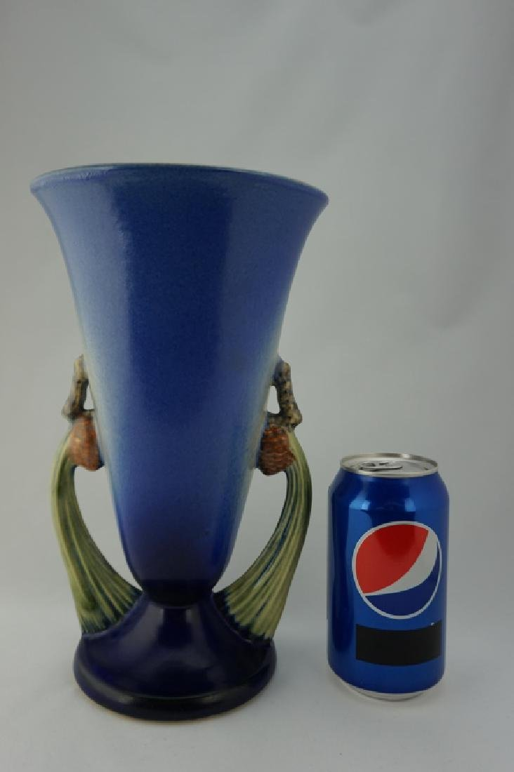 ROSEVILLE POTTERY BLUE PIN CONE VASE - 6