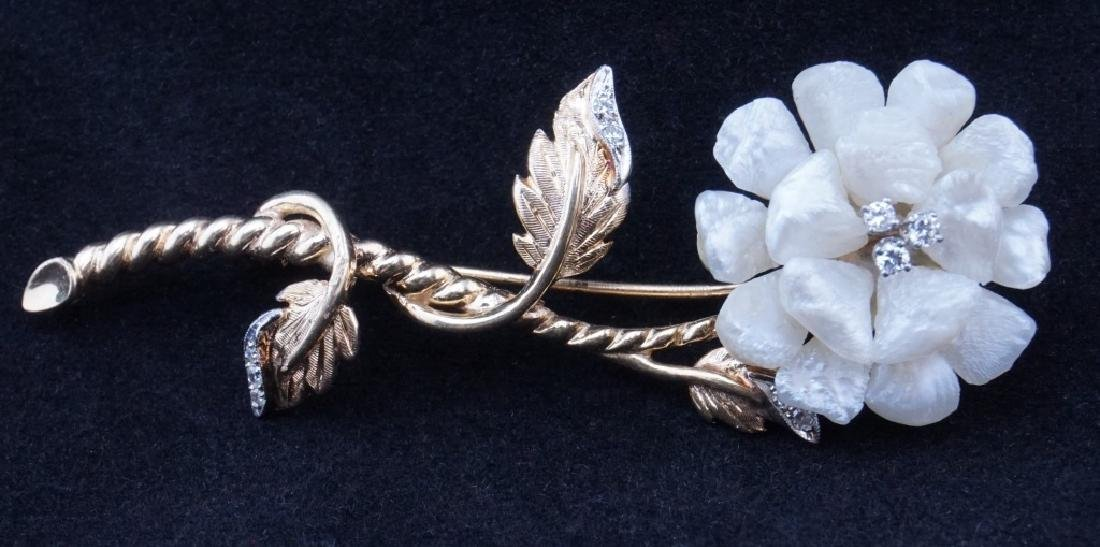 14K GOLD DIAMOND AND FRESHWATER PEARL BROOCH