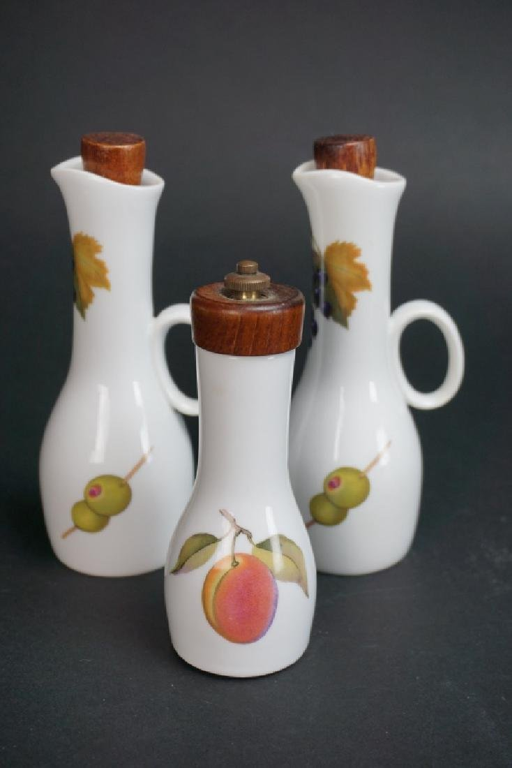 "3pc ROYAL WORCESTER ""EVESHAM"" EXTRAS"