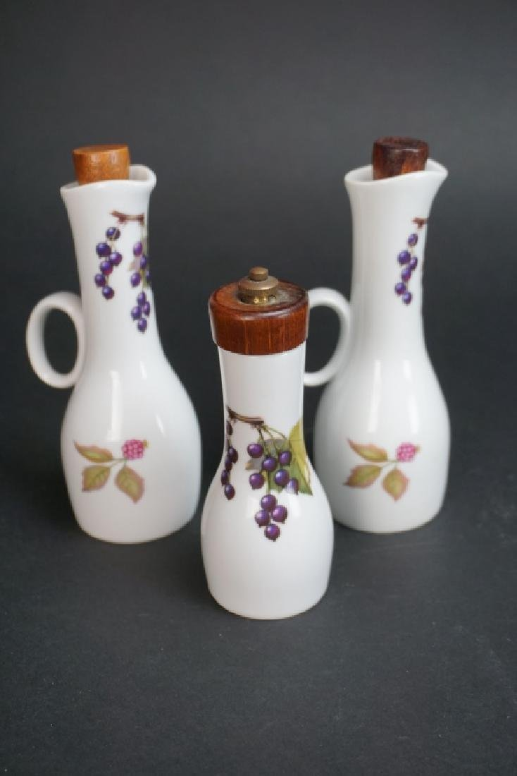 "3pc ROYAL WORCESTER ""EVESHAM"" EXTRAS - 2"