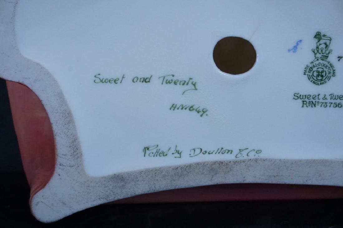 "ROYAL DOULTON FIGURINE HN1649 ""SWEET & TWENTY"" - 5"