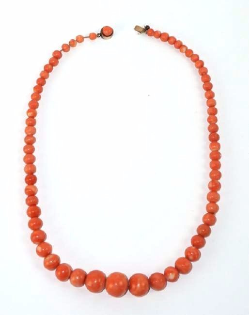 ANTIQUE CORAL BEAD & 14K GOLD NECKLACE