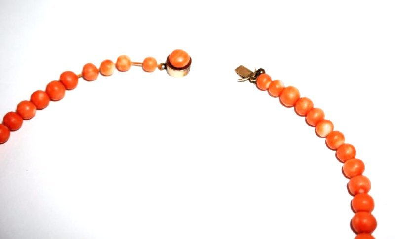 ANTIQUE CORAL BEAD & 14K GOLD NECKLACE - 3