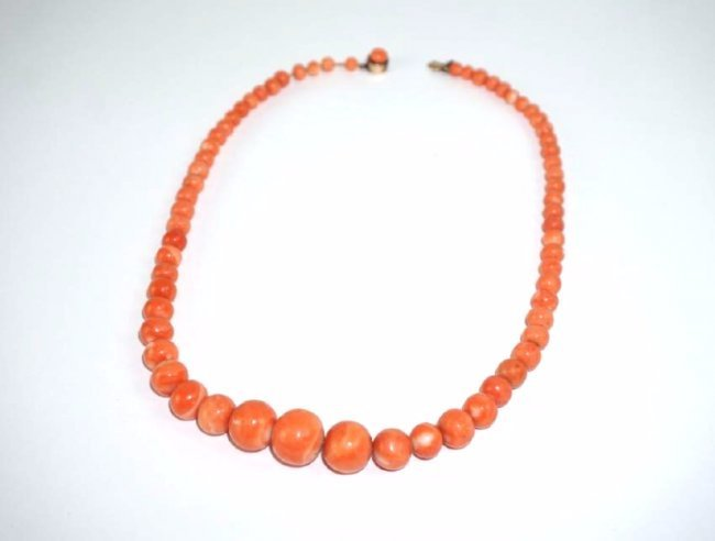 ANTIQUE CORAL BEAD & 14K GOLD NECKLACE - 4