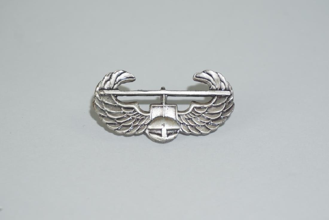 VIETNAM WAR US ARMY AIRBORNE AIR ASSAULT BADGE