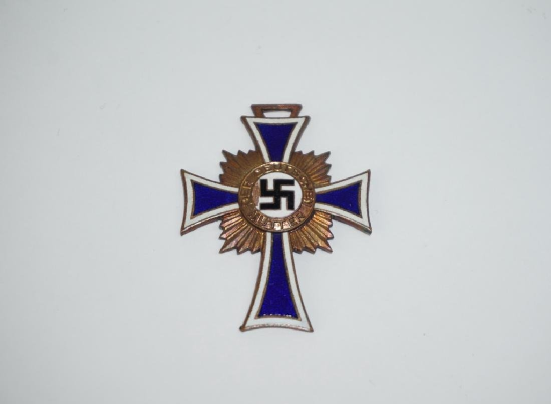 WWII GERMAN MOTHER'S CROSS OF HONOR