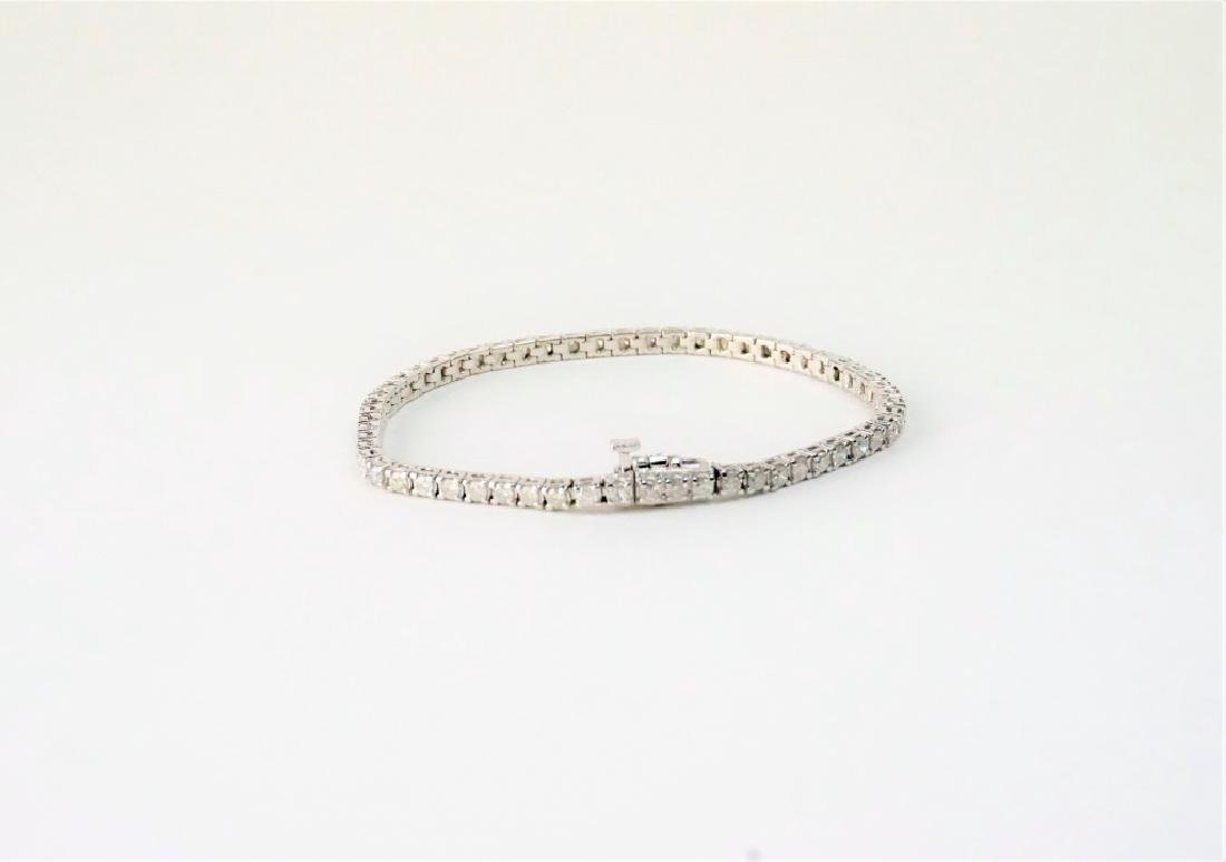 14K WHITE GOLD & DIAMOND TENNIS BRACELET - 5