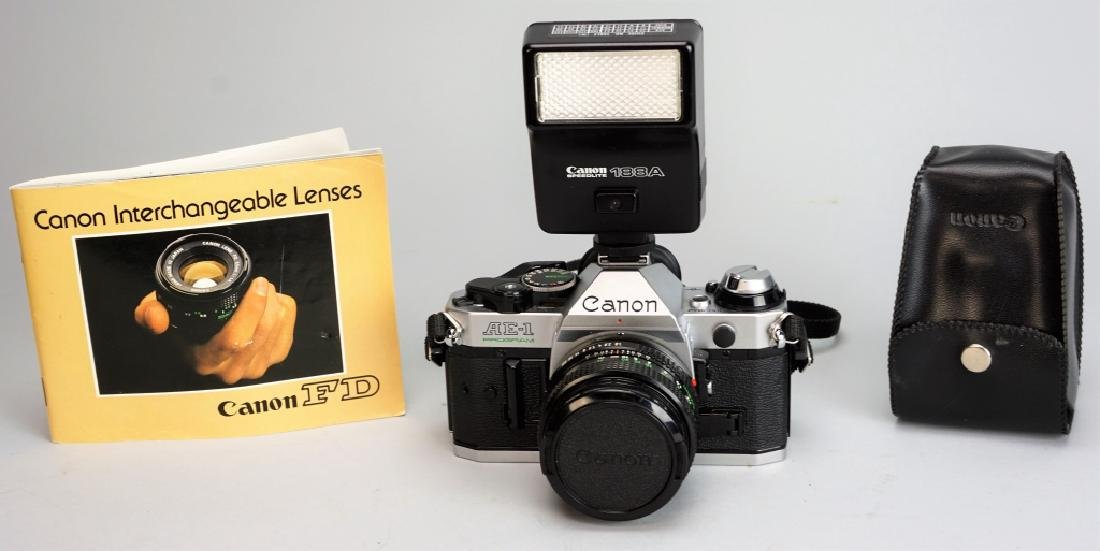 CANON AE-1 35MM CAMERA WITH FLASH