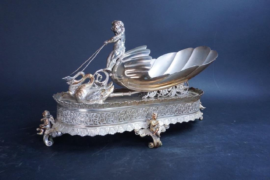 MERIDIAN SILVER PLATE CO DECORATIVE SHELF ART - 2