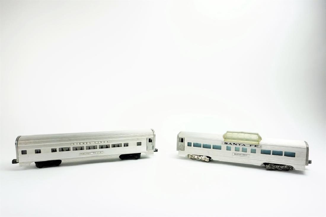 (2) LIONEL LINES SILVER BLUFF PASSENGER CARS - 2