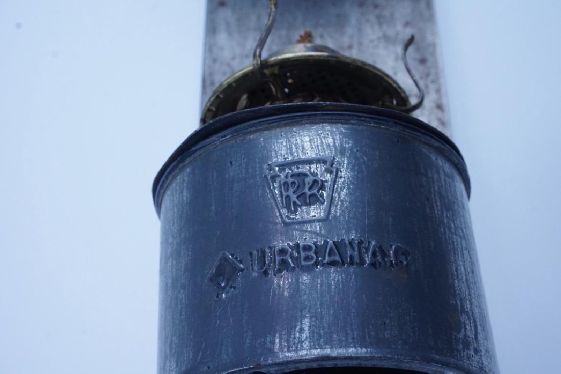 ANTIQUE PENNSYLVANIA RAILROAD CABOOSE OIL LAMP - 2